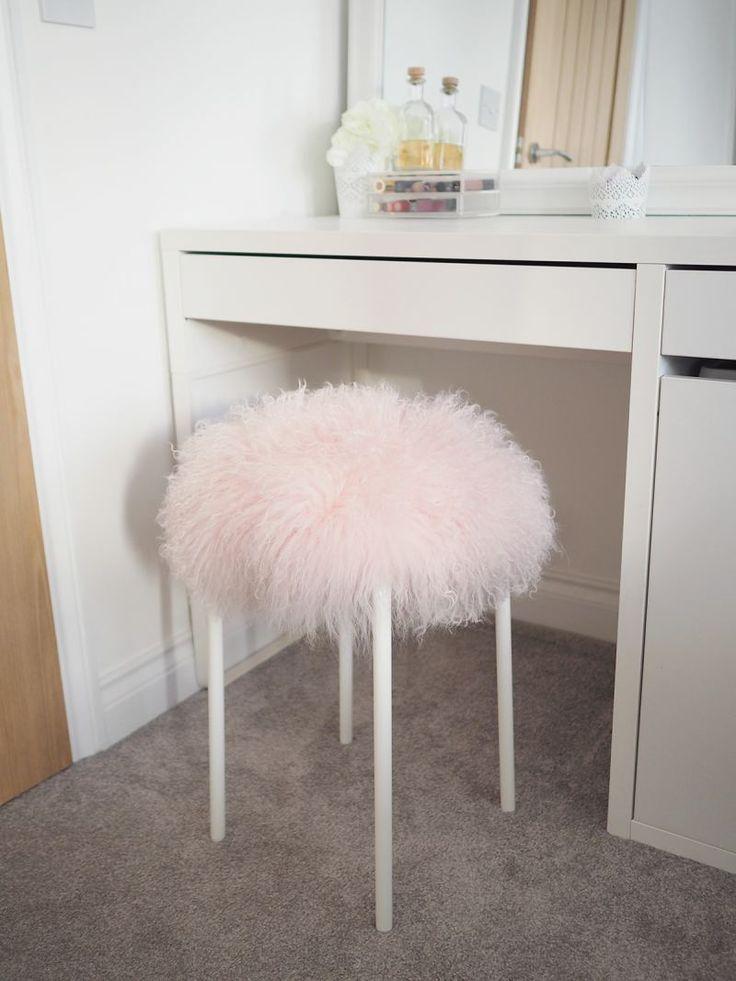 Park Art My WordPress Blog_Pink Fuzzy Chair For Vanity