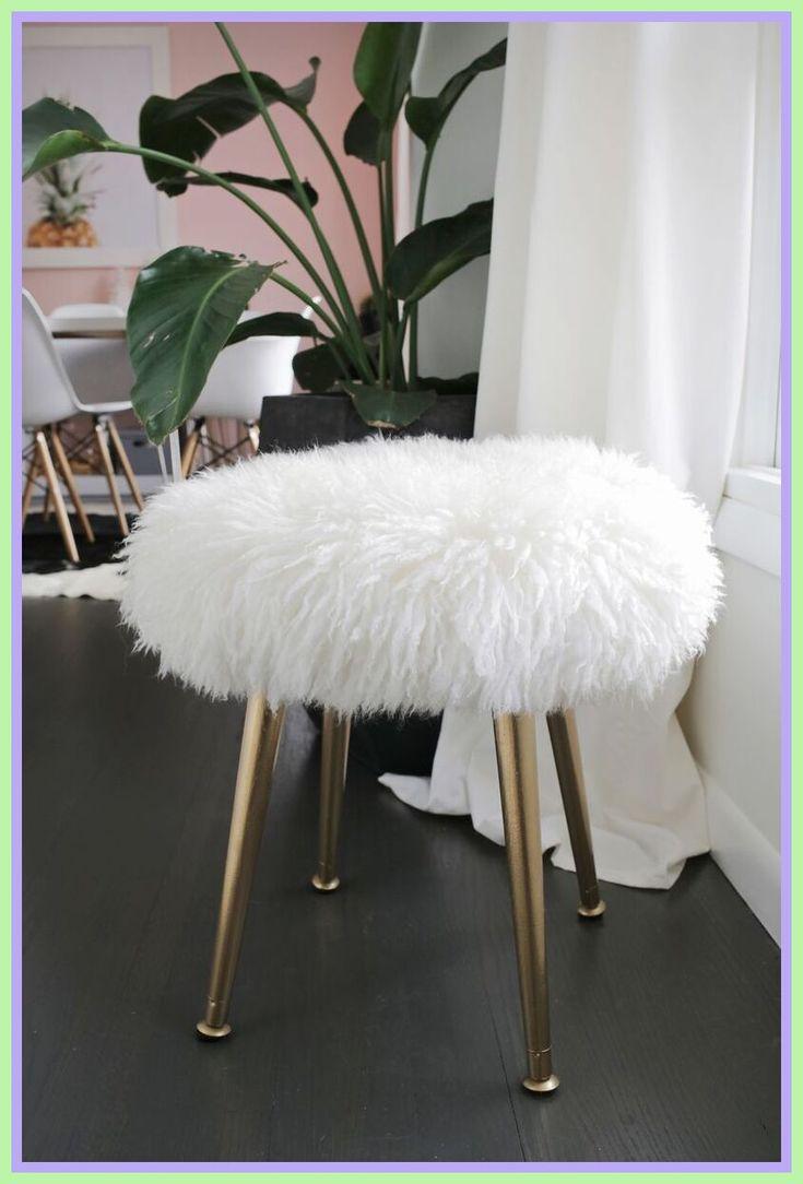 Park Art|My WordPress Blog_White Fuzzy Chair For Desk