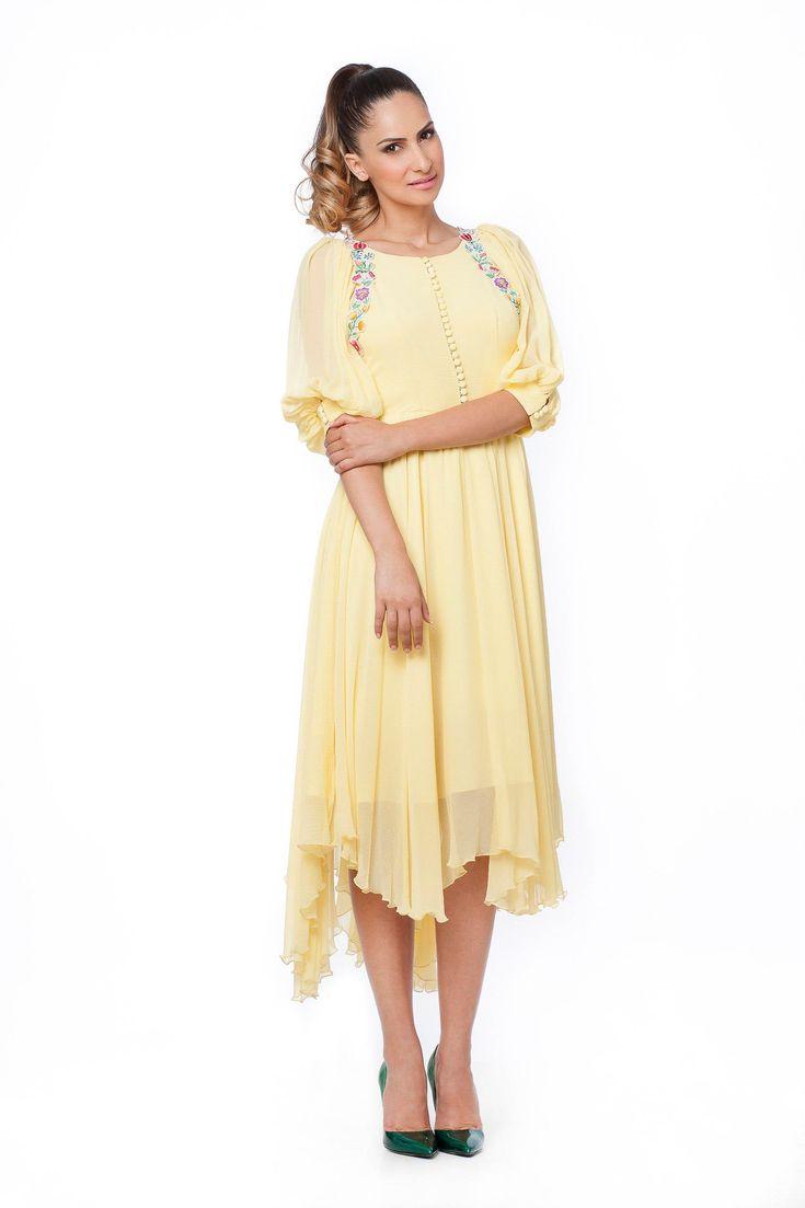 Park Art|My WordPress Blog_Yellow Silk Dress With Sleeves
